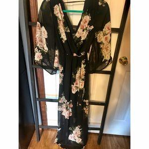 Dresses & Skirts - 🌺 Kimono Maxi Dress 🌺
